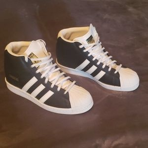 Womens Adidas Superstar wedge sneaker Sz 11